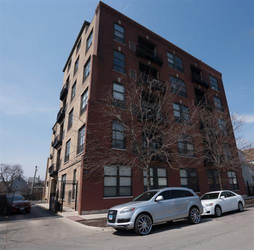 1820 N Spaulding Avenue, Chicago, IL 60647