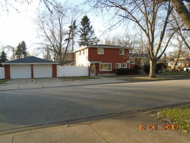 2453 184th Street, Lansing, IL 60438