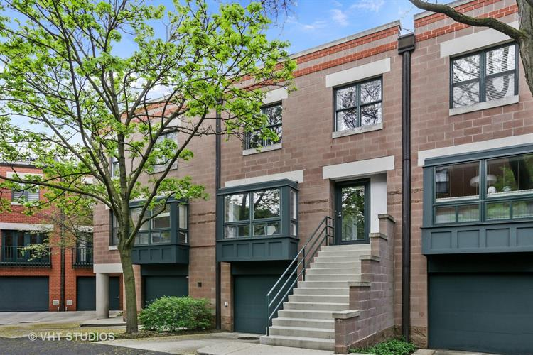 641 W WILLOW Street, Chicago, IL 60614