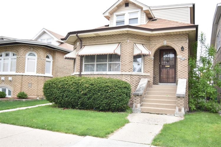 3044 N Menard Avenue, Chicago, IL 60634