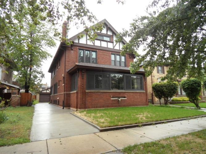 7332 S Clyde Avenue, Chicago, IL 60649