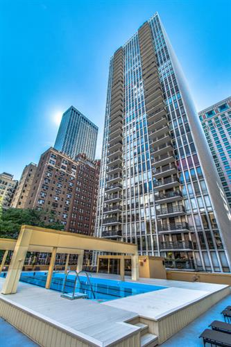200 E Delaware Place, Chicago, IL 60611