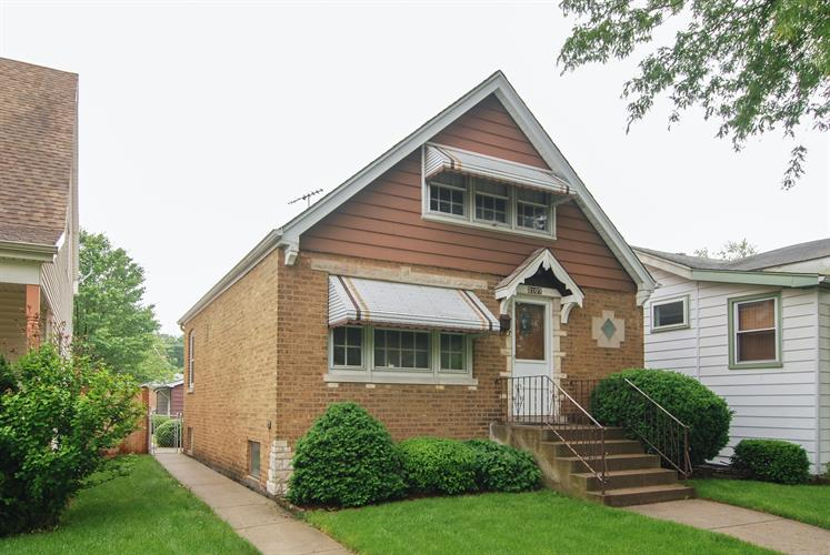 3107 Vernon Avenue, Brookfield, IL 60513