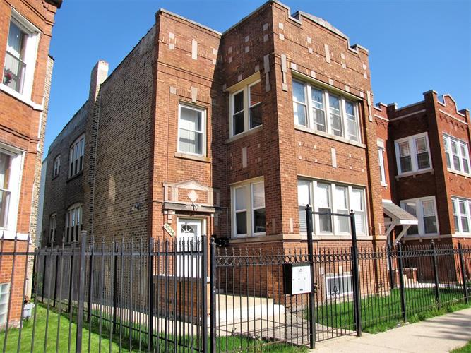 1225 N Parkside Avenue, Chicago, IL 60651