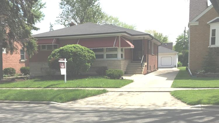 2341 S 5th Avenue, North Riverside, IL 60546