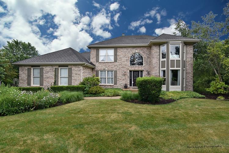 6N577 Heritage Court, St Charles, IL 60175 - Image 1