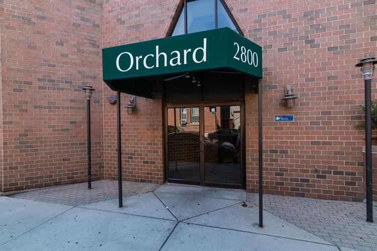 2800 N Orchard Street, Chicago, IL 60657