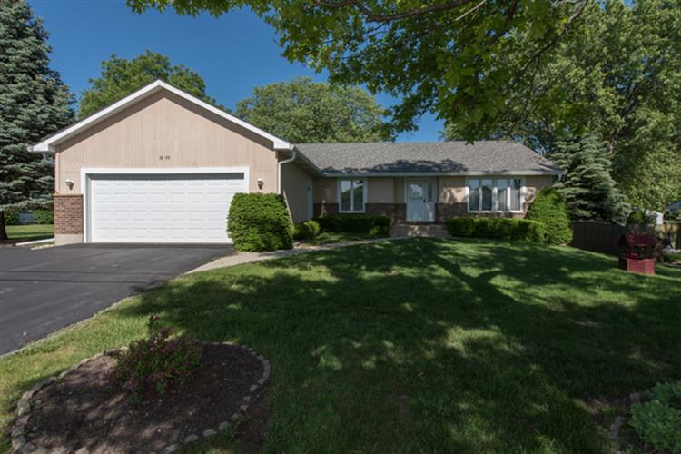 38299 N Holdridge Avenue, Beach Park, IL 60087