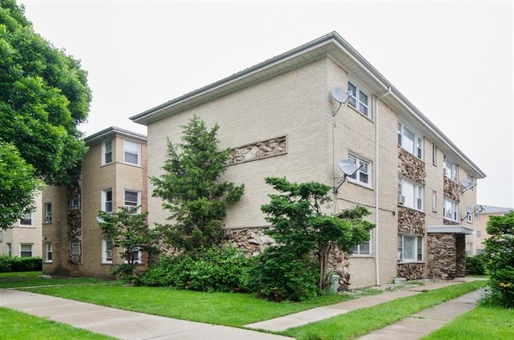 5227 N RESERVE Avenue, Chicago, IL 60656 - Image 1