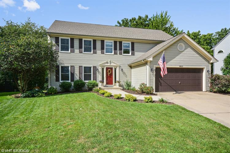 1651 Patricia Lane, St Charles, IL 60174
