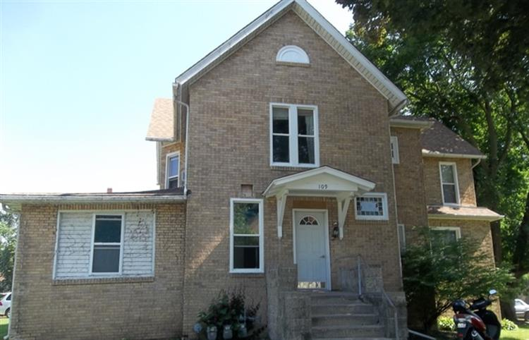 109 E 8th Street, Sterling, IL 61081 - Image 1