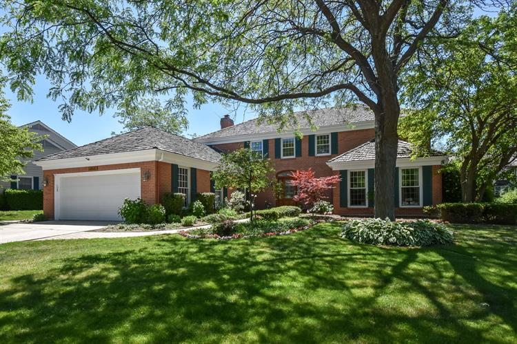 2515 INDIAN RIDGE Drive, Glenview, IL 60026