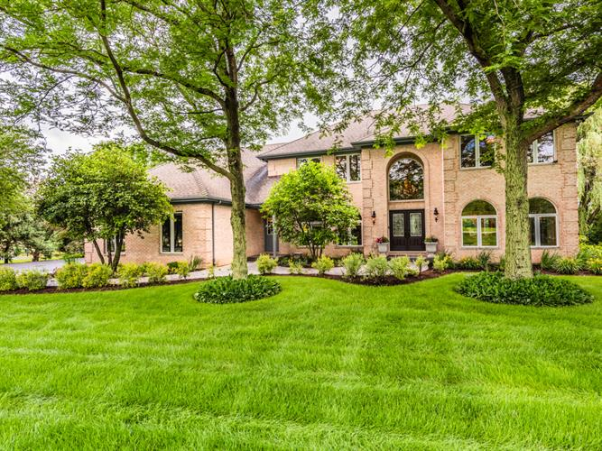 6 Steeplechase Drive, Hawthorn Woods, IL 60047