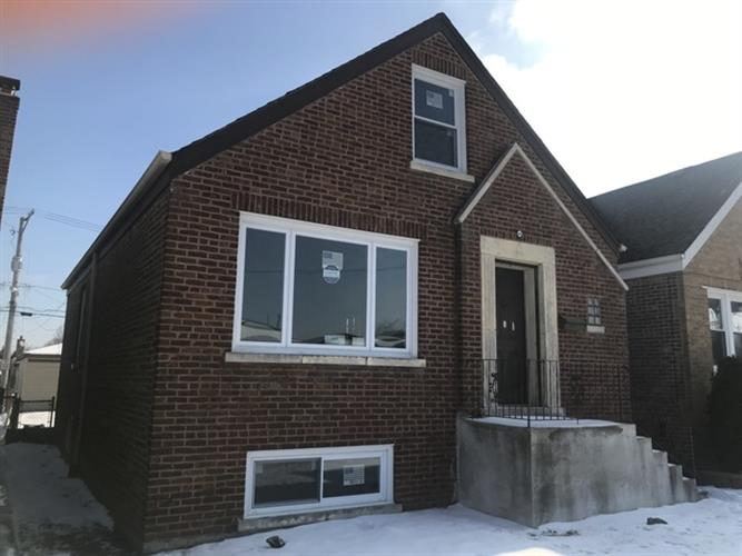 5613 S Meade Avenue, Chicago, IL 60638