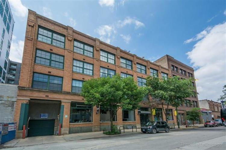 110 N Peoria Street, Chicago, IL 60607