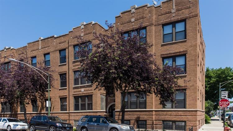 1001 N CAMPBELL Avenue, Chicago, IL 60622