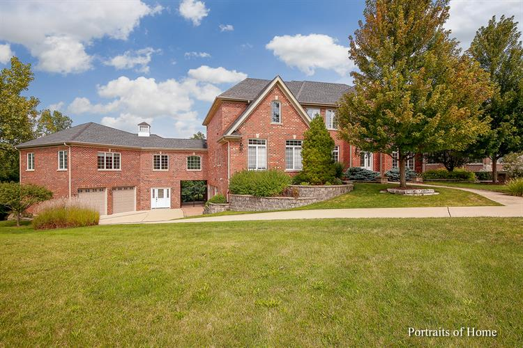 1230 ARNOLD Court, Downers Grove, IL 60516