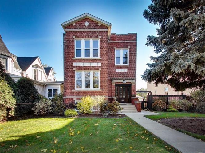 3641 N Keeler Avenue, Chicago, IL 60641