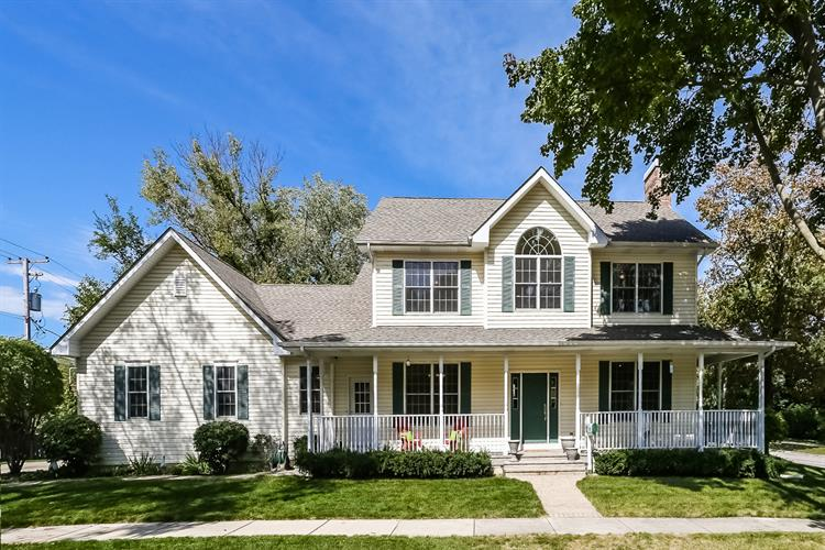 1004 N Arlington Heights Road, Arlington Heights, IL 60004