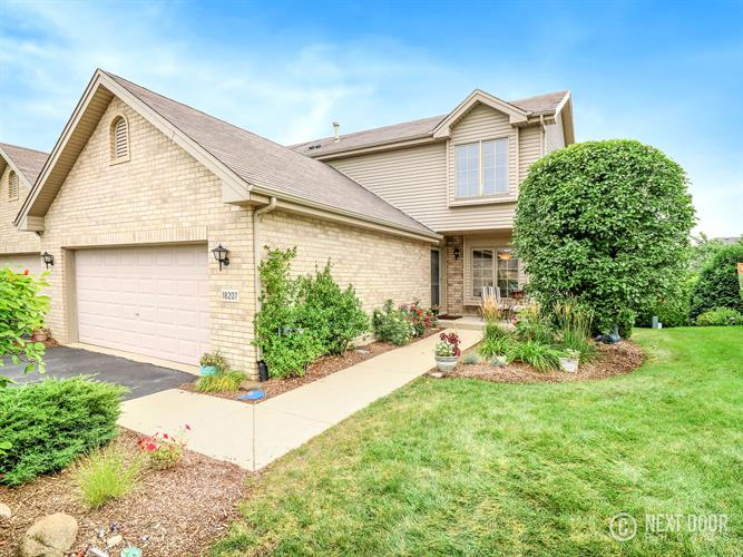 18207 Newcastle Court, Tinley Park, IL 60487