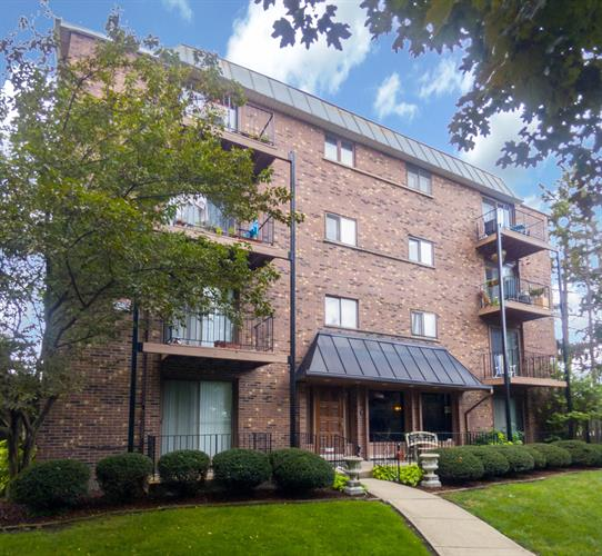 2218 N NEWLAND Avenue, Chicago, IL 60707