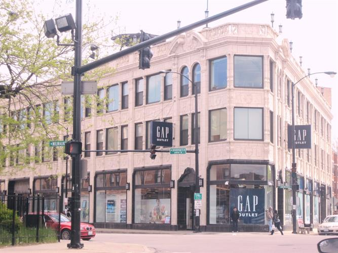 2778 N Milwaukee Avenue, Chicago, IL 60647