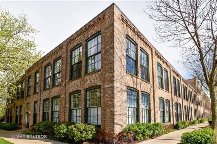 5235 N RAVENSWOOD Avenue, Chicago, IL 60640