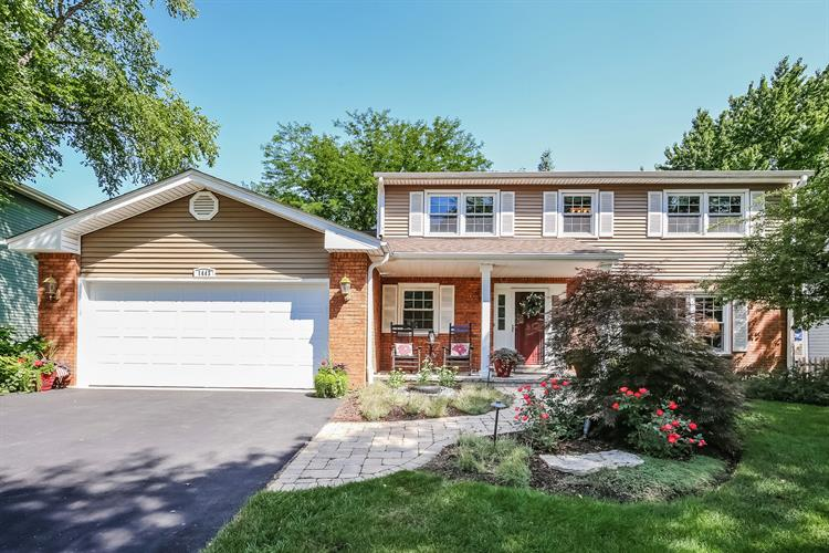 1443 Kings Court, Naperville, IL 60563