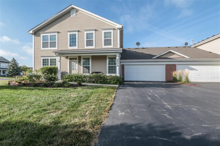 240 St James Parkway, Sugar Grove, IL 60554