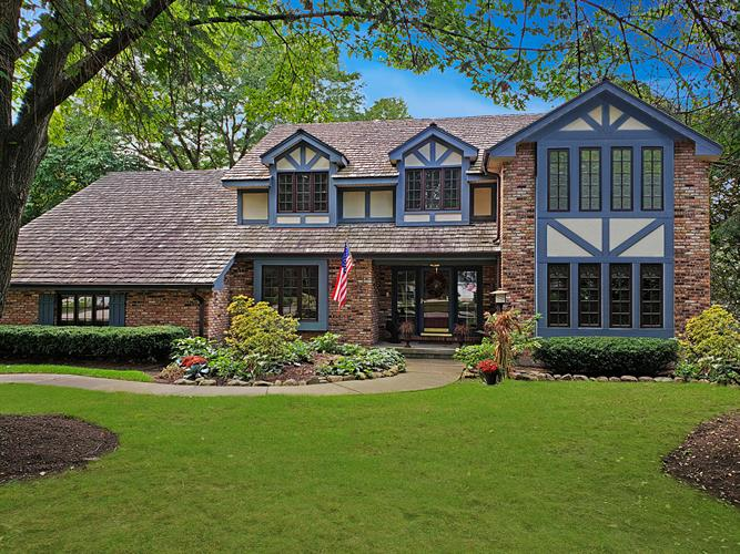 1009 Springhaven Drive, Libertyville, IL 60048 - Image 1