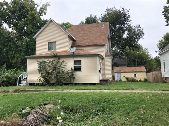 212 W Charles Street, Champaign, IL 61820 - Image 1