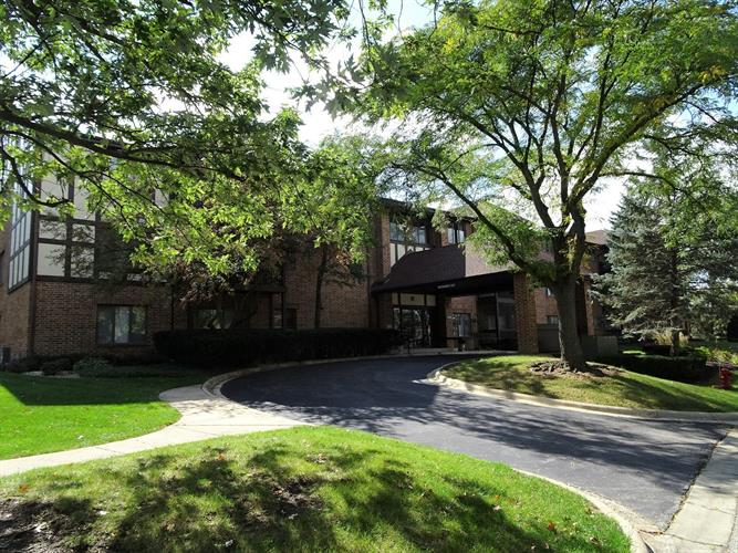 7737 W GOLF Drive, Palos Heights, IL 60463 - Image 1