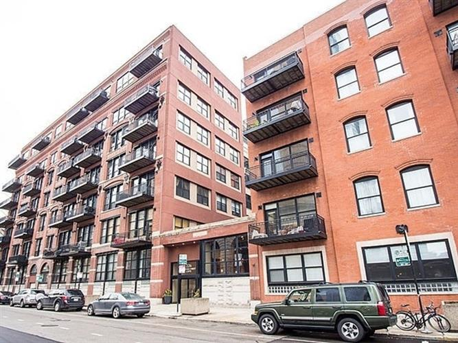 226 N Clinton Street, Chicago, IL 60661 - Image 1