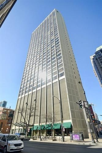 2 E Oak Street, Chicago, IL 60611 - Image 1
