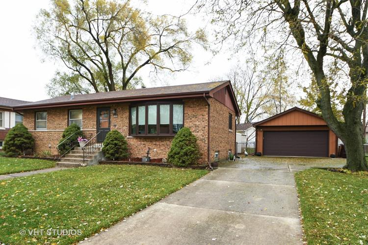 755 WILLOW Drive, Chicago Heights, IL 60411 - Image 1
