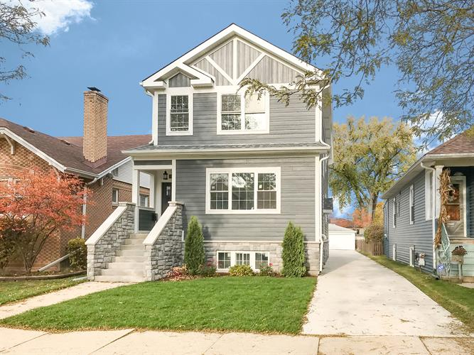 6149 N Nassau Avenue, Chicago, IL 60631