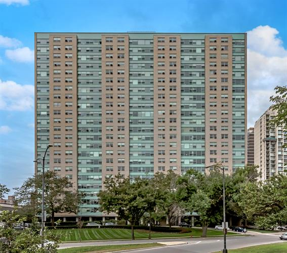 3180 N Lake Shore Drive, Chicago, IL 60657 - Image 1