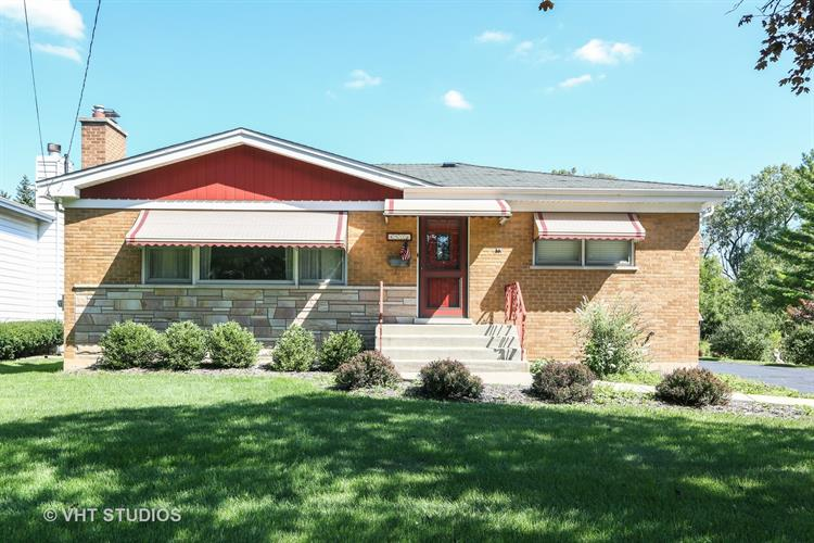 4531 Cumnor Road, Downers Grove, IL 60515 - Image 1