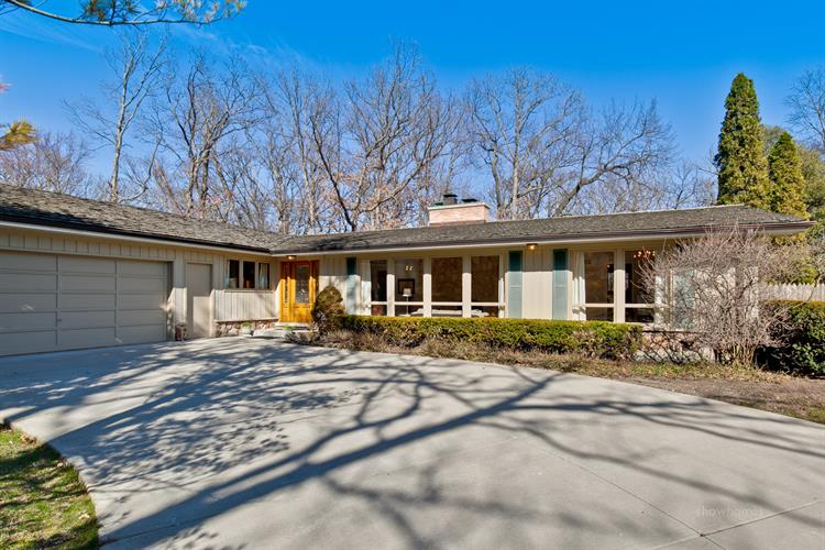 1555 N Western Avenue, Lake Forest, IL 60045 - Image 1