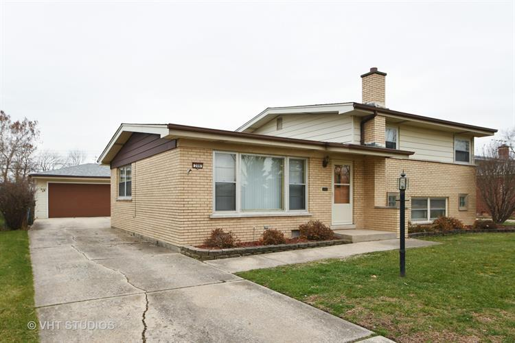 306 Roberta Lane, Chicago Heights, IL 60411 - Image 1