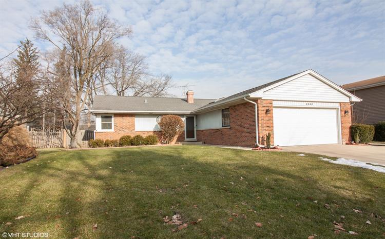 1768 E Wood Lane, Mount Prospect, IL 60056 - Image 1