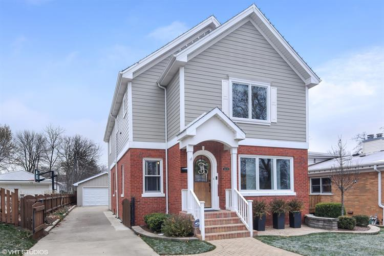 4639 Lawn Avenue, Western Springs, IL 60558 - Image 1