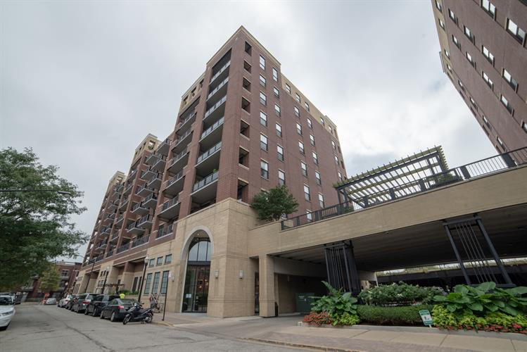 811 W 15TH Place, Chicago, IL 60608 - Image 1