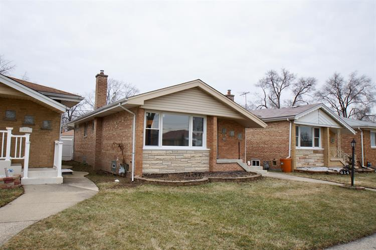 614 Rice Avenue, Bellwood, IL 60104 - Image 1