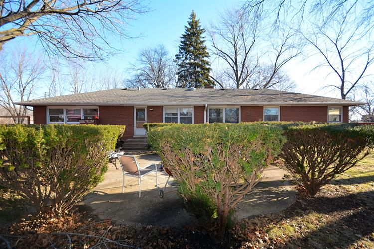 500 S Wolf Road, Wheeling, IL 60090 - Image 1