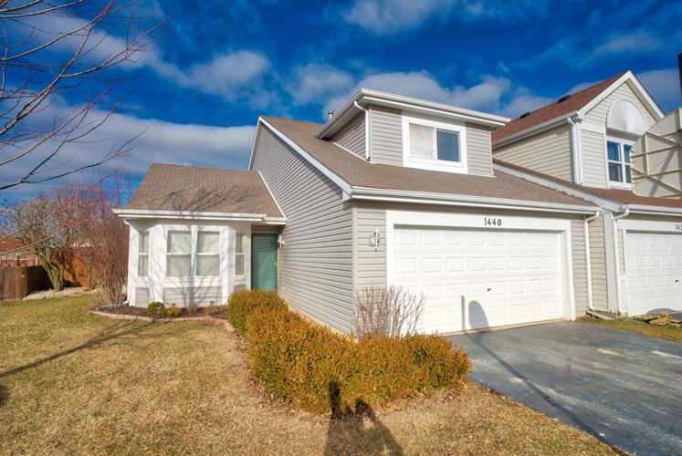 1440 N PEMBROKE Drive, South Elgin, IL 60177 - Image 1