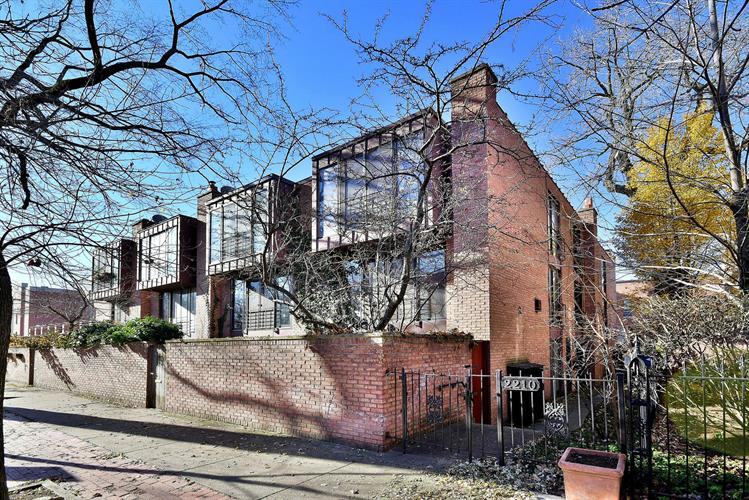 2206 N Burling Street, Chicago, IL 60614 - Image 1