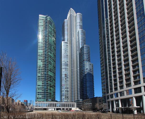 1211 S Prairie Avenue, Chicago, IL 60605 - Image 1
