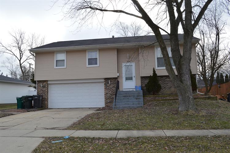 326 BRUNSWICK Court, Streamwood, IL 60107 - Image 1