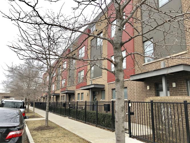 564 W 16TH Street, Chicago, IL 60616 - Image 1